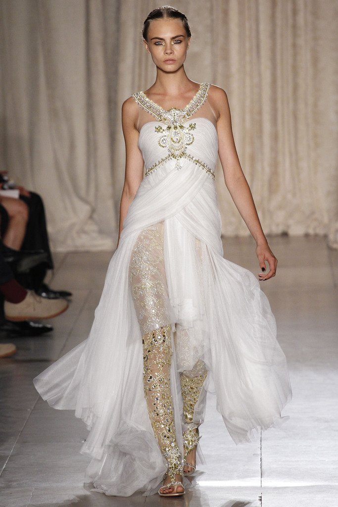 Marchesa SS 2013 Brings an Bollywood Inspired Look to #NYFW. Chic, Unique and Against theTrend.