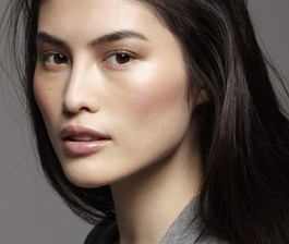 Sui He, the New Face of Shiseido (video)