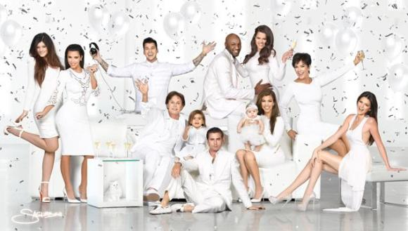 article-kardashian-christmas-1218