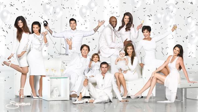 article-kardashian-christmas-1218