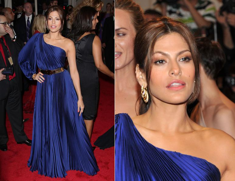 Eva Mendes Dives into Fashion with New York & Co. Deal #NewLine #Sexy #FashionDiva