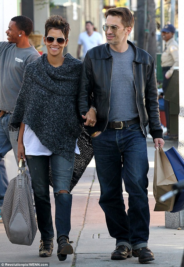 Halle Berry Expecting #Spring #BabyNews #Beautiful