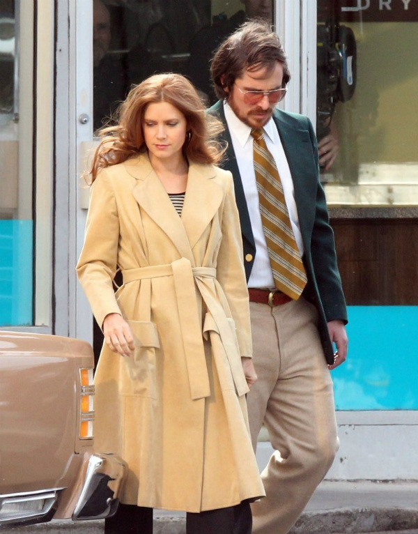 'American Hustle' Looks Gooood, Except for B. Coop's Wig #AmericanHustle #StarStudded #BadHair
