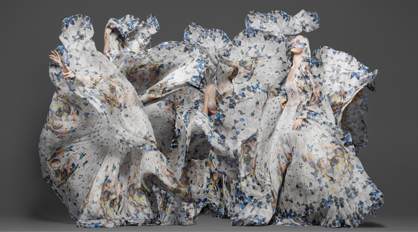 Damien Hirst x Alexander McQueen Scarf Collab. Beauty in Nature #New #Beautiful #MustHave