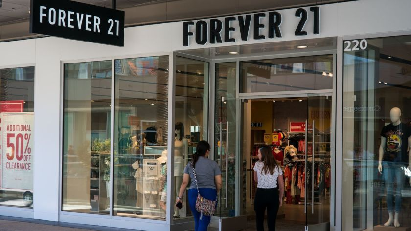 Welcome to Forever 21 where the size isn't right, but we have everything. – Why, Forever 21 is headed towards Bankruptcy